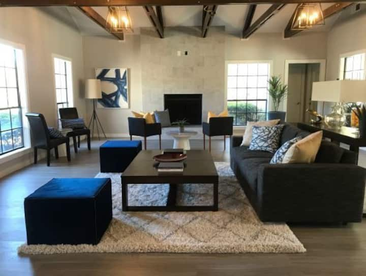 Comforts of home + convenience | 2BR in Killeen