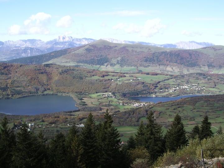 Studio cabine montagne avec vue sur Vercors et lac