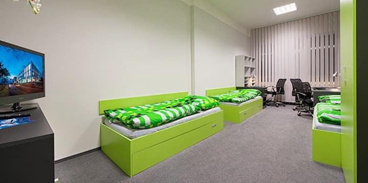 Triple-room close to metro in prestigious dorm #7