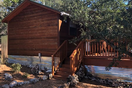 The Studio Cabin - The Homestead Cottages