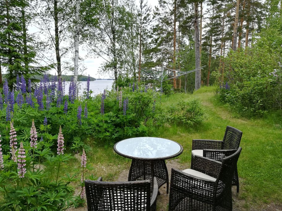 Enjoy outdoors eating with grill facilities