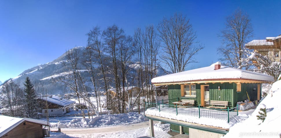 Green Home - Sunny chalet with big terrace - Kirchberg in Tirol - Huis