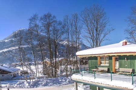 Green Home - Sunny chalet with big terrace - Kirchberg in Tirol - บ้าน