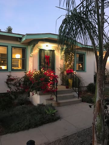 Charming 1bdroom North Park Bungalow