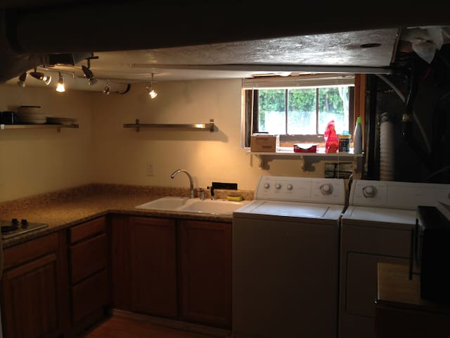 Old Town Hideaway in Forest Grove - Forest Grove - Apartment