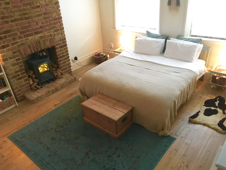 Large Bedroom with Superking bed.