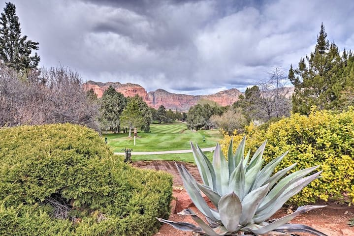 New! Sedona Golf, Pool & Hot tub by Bell Rock