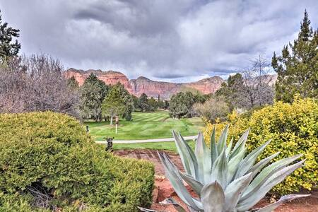 Sedona Golf, Pool & Hot tub by Bell Rock|Views