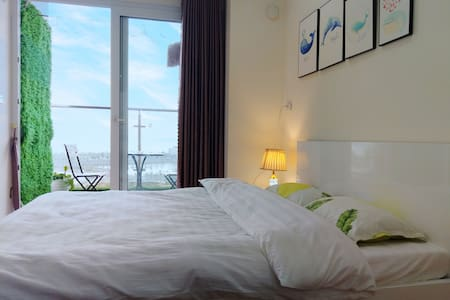 2 Seaview Bedroom- Halong Windy house-5m go to sea