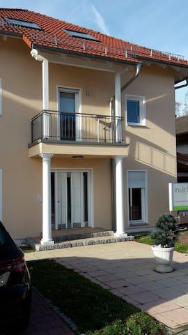 Schönes Zimmer in Ingolstadt - Ingolstadt - Apartamento