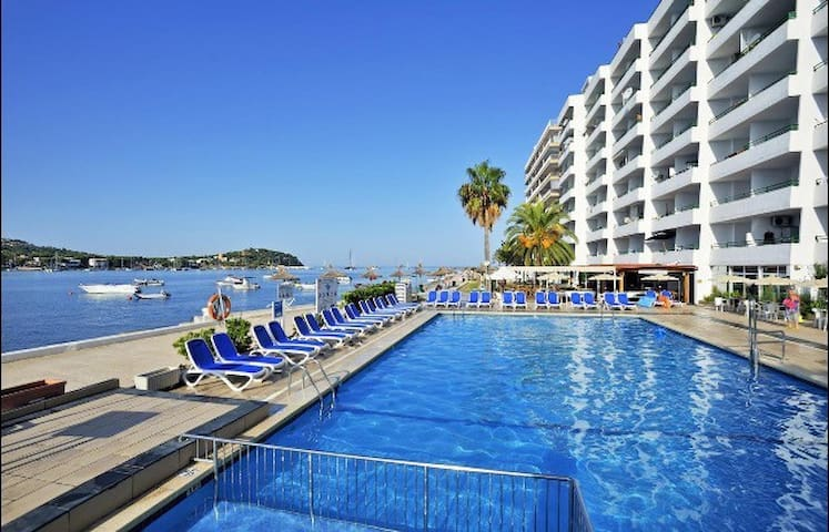 Lovely Apartament, First Line Cost! - Santa Ponsa - Appartamento
