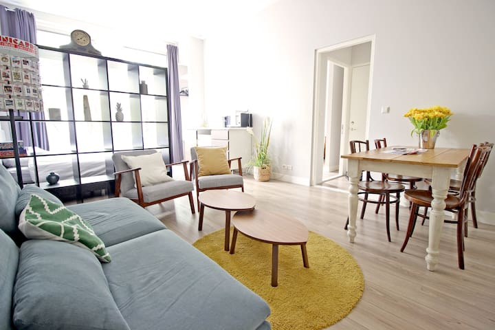 Amazing, private & renovated city center apartment - Amesterdão - Apartamento