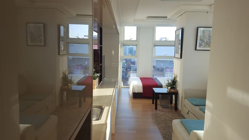 Cozy Studio in Seoul station. free wifi. - Wonhyoro 1(il)-dong, Seoul - Appartement