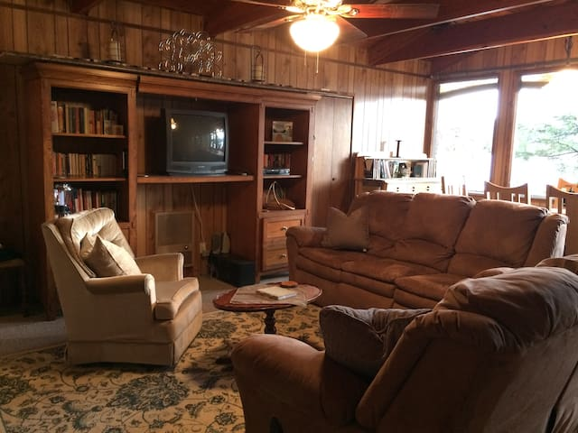 Priest Lake Waterfront Idaho Family Cabin - Coolin - Cabaña