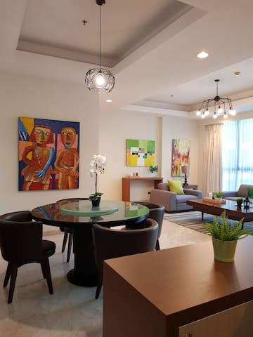 Rob Artisan 3BR apartmnt @ Kuningan w Private Lift