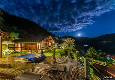Casa com Vista em Alberto Torres