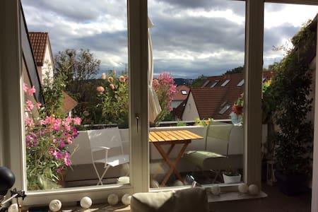 Großzügig über den Dächern - Stuttgart