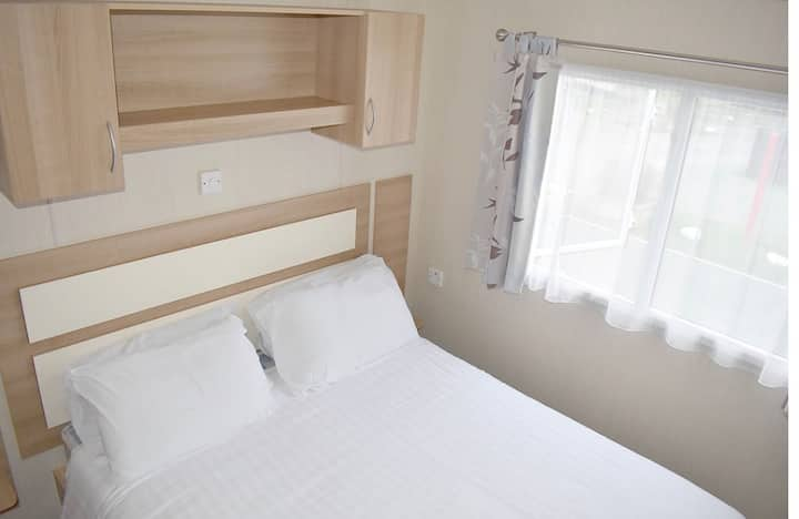 3 Bedroom Caravan by the Sea, Lizard Peninsula