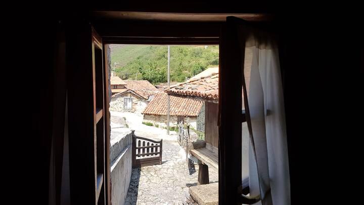 Preciosa Casa Rural con vistas en Teverga