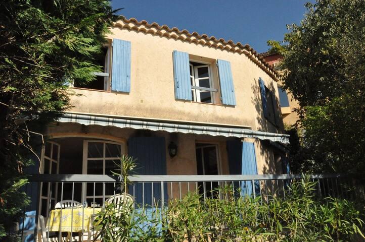 Maison de vacances à La Cadière