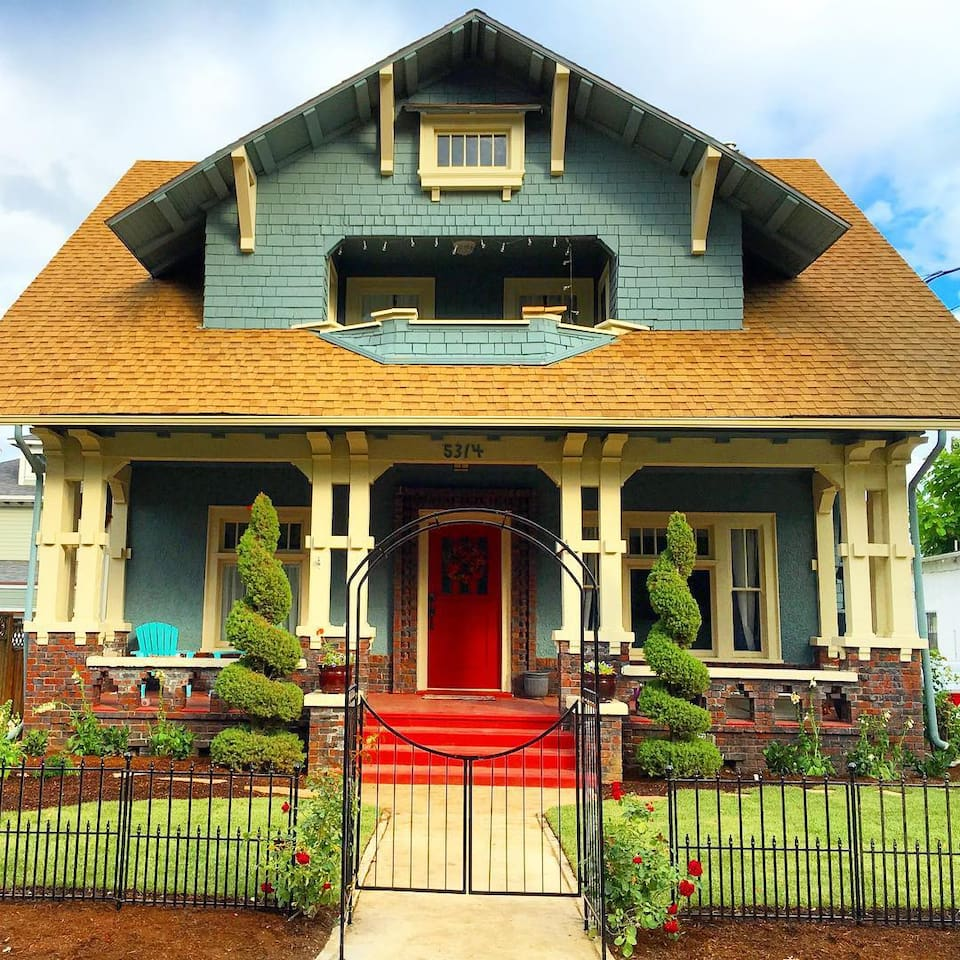 Historic Home with your own private entrance in the back!