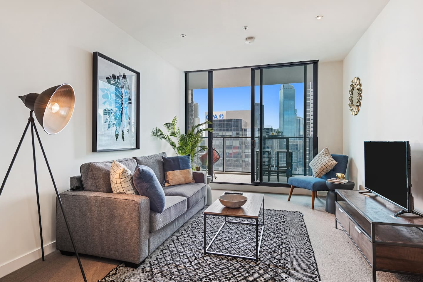 A truly special City Oasis. Enjoy entertaining in the open plan area, or on the massive balcony overlooking the Yarra.