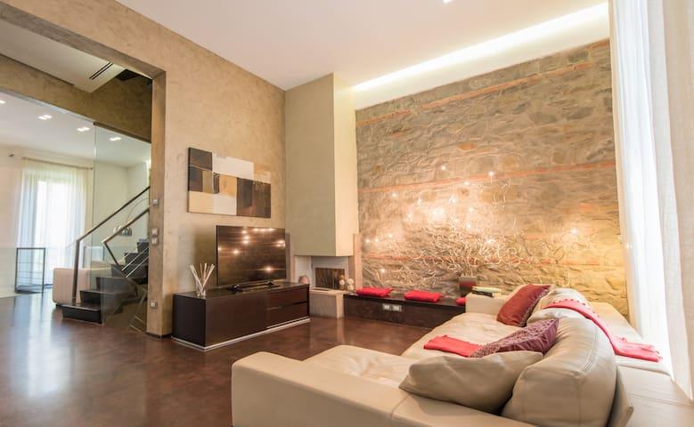 Luxurious villa in the center