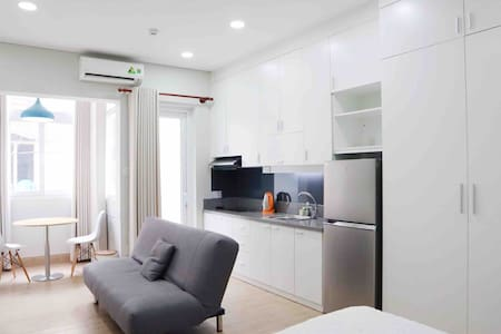 ❃Studio in center HCMC with balcony and window❃