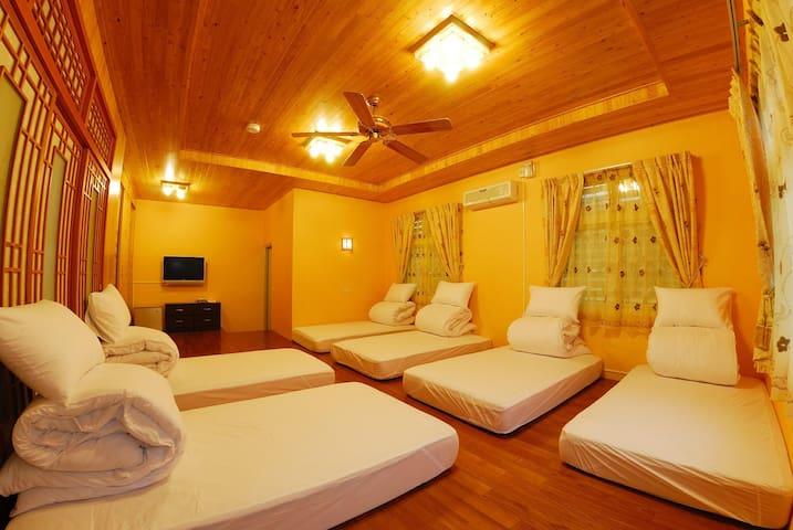 Peach Villa B&B ~ Japanese Style for 6 people - Lugu Township - Minsu (Taiwan)