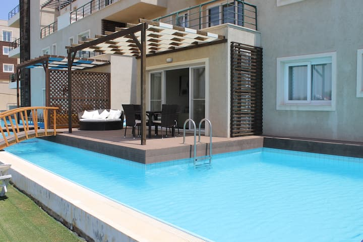 Stunning luxury apartment with private pool