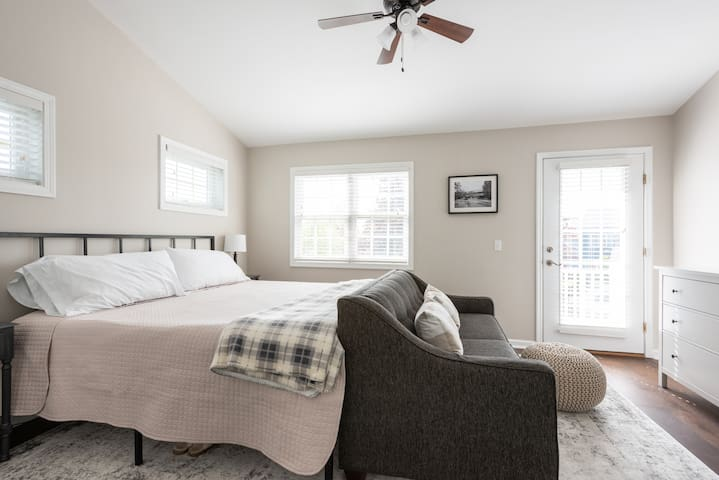 Master Bedroom - King Bed, with Full Size Sofa Bed