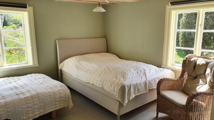 Guesthouse - room 1 - Sävö gård
