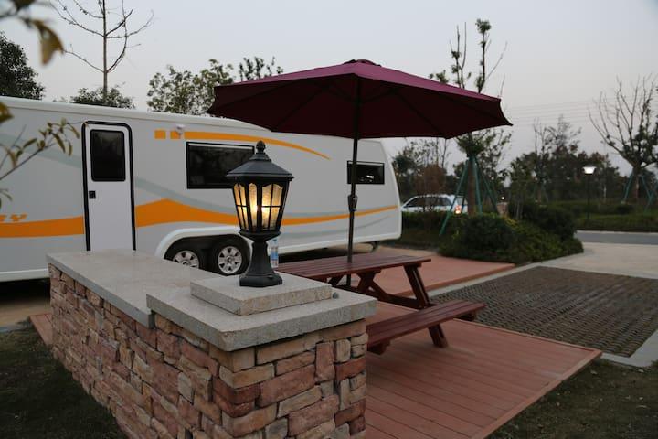 贴近大自然,来一场别样的房车栖息 - 安徽省 - Bobil