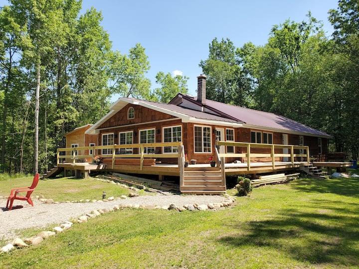 Cedar Springs Reserve,  Your Four Seasons Escape