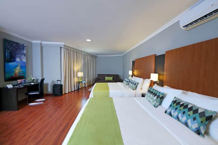 Amplia suite privada para 4 cerca del Aeropuerto