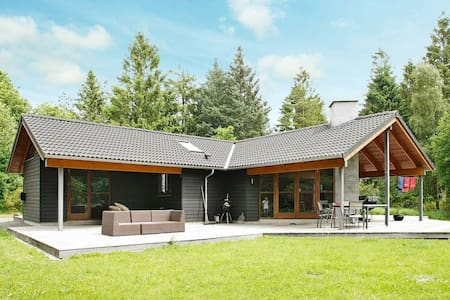 Gorgeous Holiday Home in Skals with Whirlpool