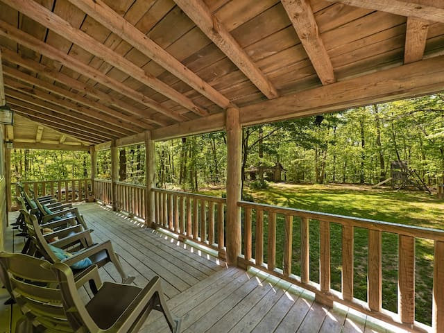 Trails` End, Pet Friendly Log Cabin On Signal Mountain