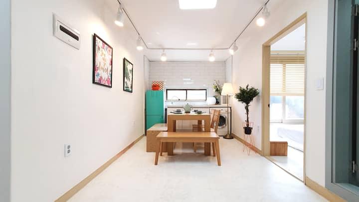 [Hongdae] 3BR 2Bathroom Luxury Grand Suites #H