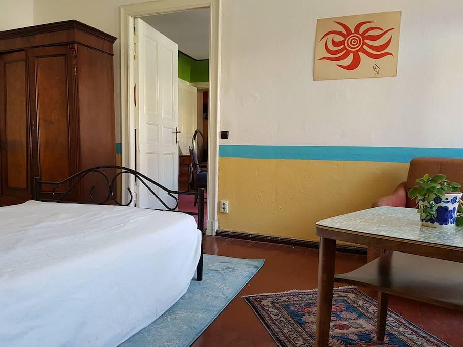 typische berliner wohnung im prenzlauer berg wohnungen zur miete in berlin berlin deutschland. Black Bedroom Furniture Sets. Home Design Ideas