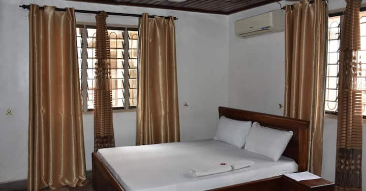 Backpackers Home, Budget Double rooms