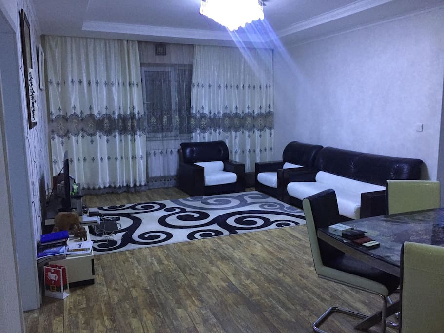 Living room with HDTV & WIFI