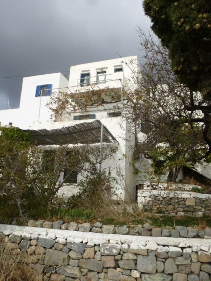 Family house in Serifo's Chora with amazing view