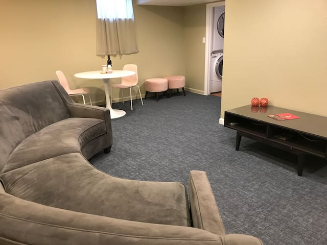 Pretty n Pink Private Suite in DTC