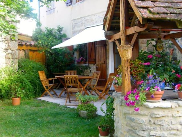 Gîte rural Le Tilleul - Anglars - Huis