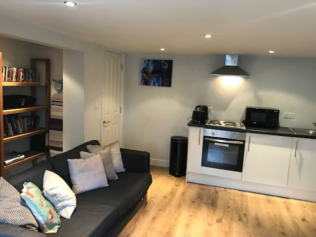 Beautiful quiet flat in central Harrogate