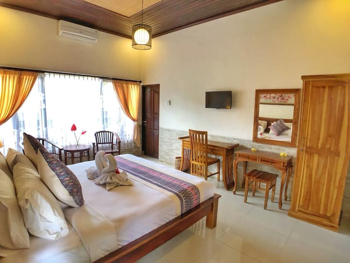 Affordable & convenient private room close to Ubud