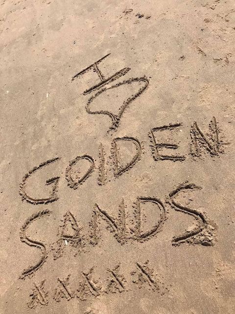 Beach Strolls with Beachcomber, Golden Sands