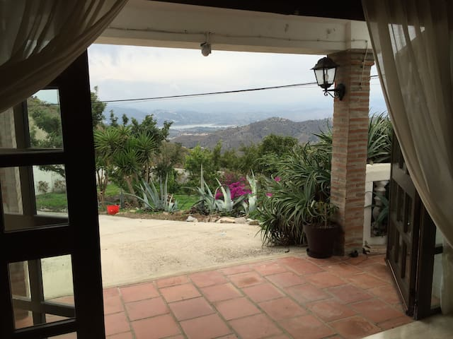 Country apartment - stunning views - Canillas de Aceituno - Byt