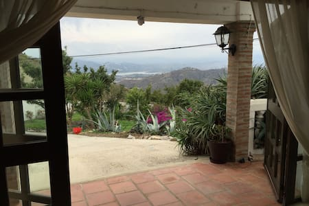 Country apartment - stunning views - Wohnung