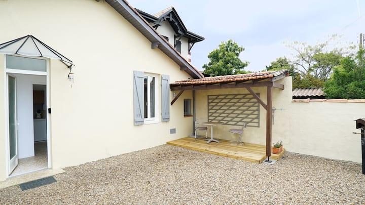Belle maison Bordeaux/Jardin/Parking